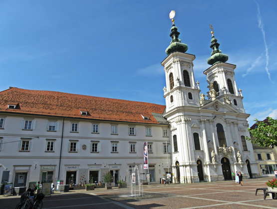 Mariahilfkirche am Mariahilferplatz in Graz