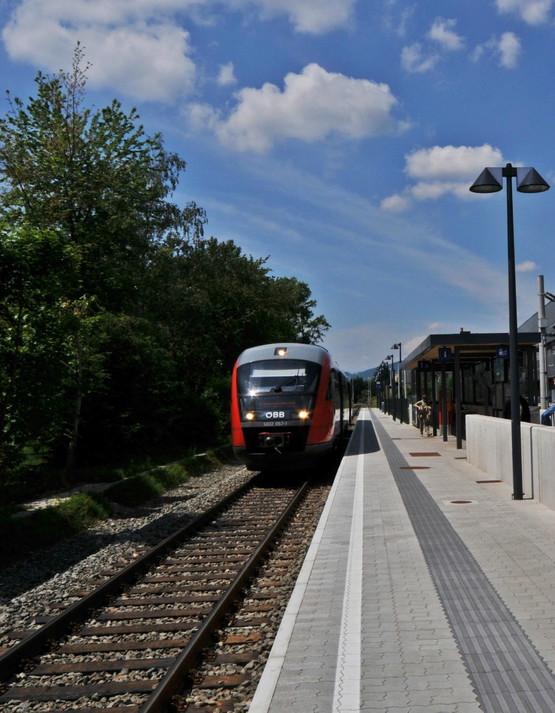Graz-Murpark Bahnhaltestelle